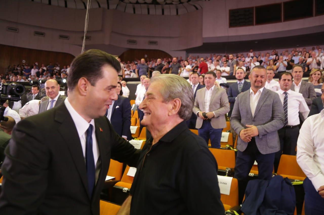 Berisha: Zgjedhje nën regjim mafioz, por edhe Basha ka përgjegjësi për humbjen