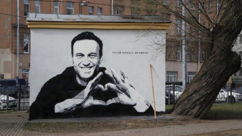 Rusia bllokon web-faqen e Navalnyt dhe 48 të tjera të lidhura me kritikuesin e Putinit