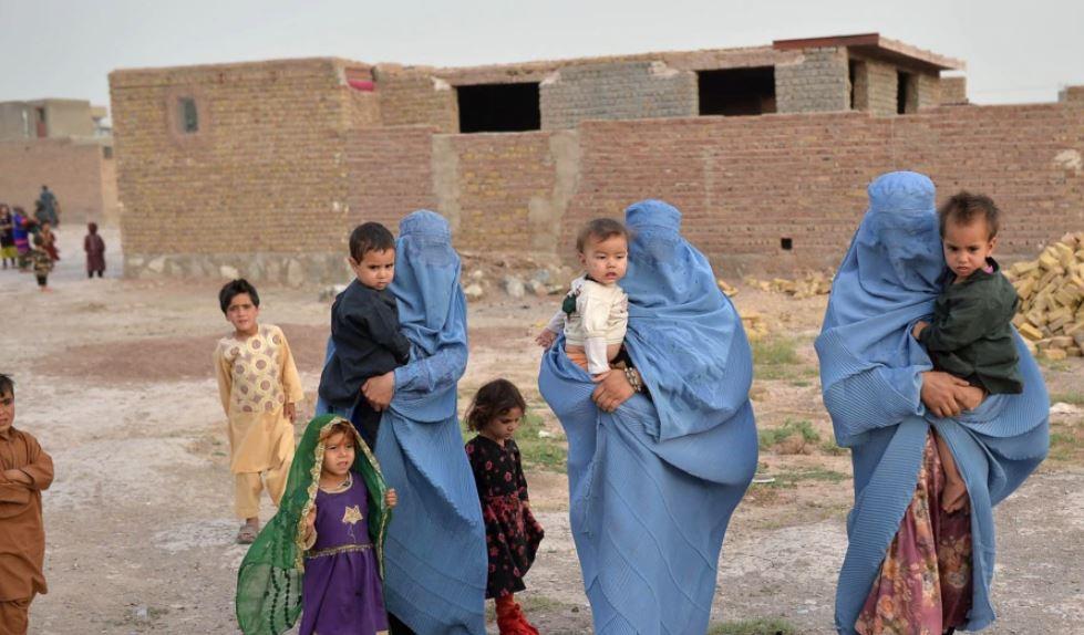 UNHCR: Afganistani është në prag të krizës humanitare