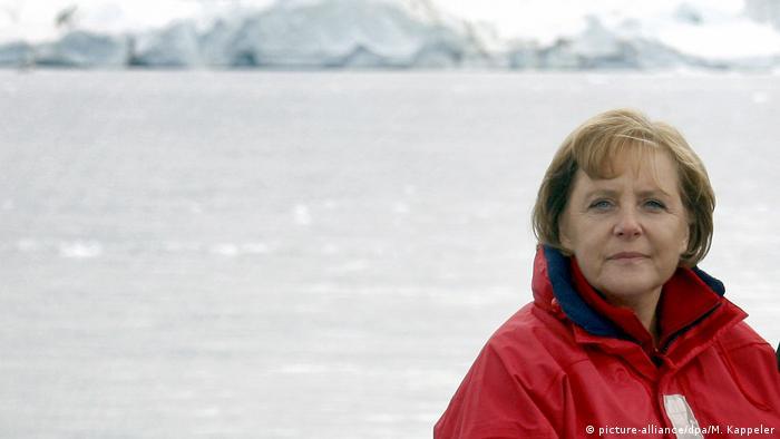 Kancelarja Merkel, mbrojtja e klimës dhe katastrofat
