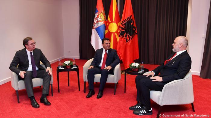 Biznesmenët në Maqedoni skeptikë ndaj Mini Shengenit