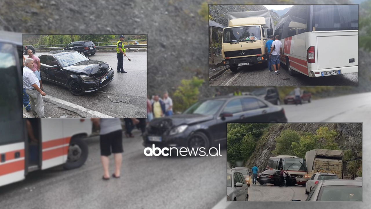 Aksident i trefishtë në Librazhd, shpëtojnë pa dëmtime shoferët