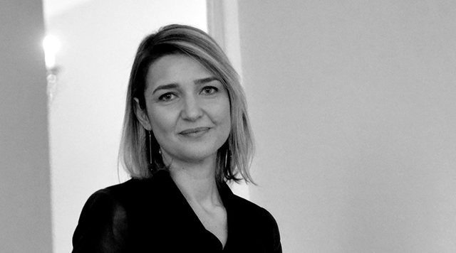 Elva Margariti i përgjigjet Aleancës për Teatrin: Keqardhje për gjuhën, nuk i mbyllet dera askujt