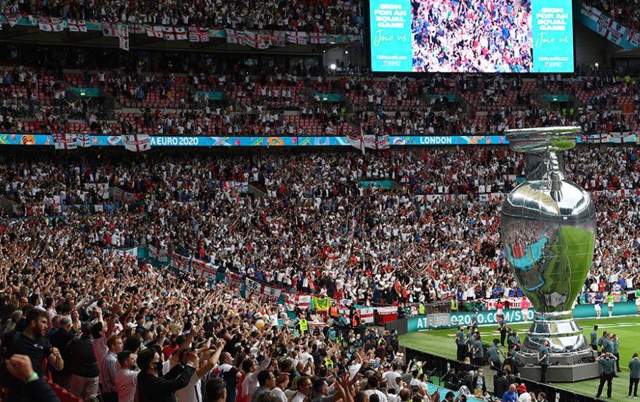 OBSH: Finalja e Euro 2020 me tifozë pa maska, katastrofike