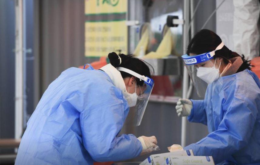 Koreja e Jugut regjistron numrin  më të lartë të infektuarve në 6 muaj