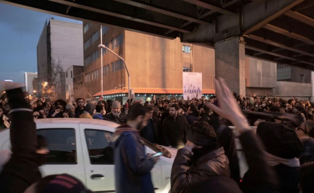 Iran, një javë protesta mbi mungesën e ujit, 3 të vdekur