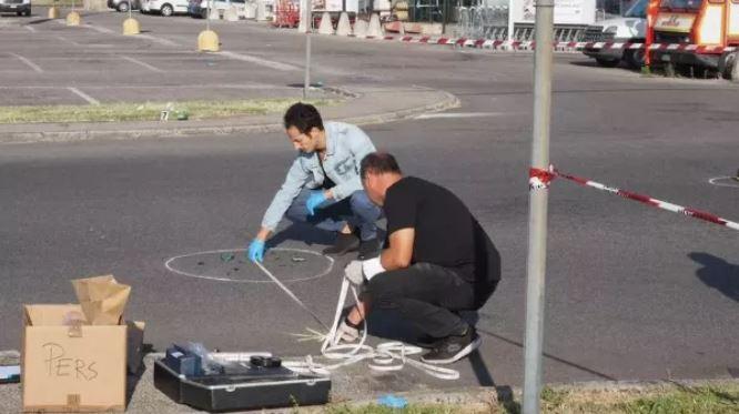 I rrahën me shkop bejsbolli, 23-vjeçari shqiptar vdes në spital, italiani në gjendje kritike