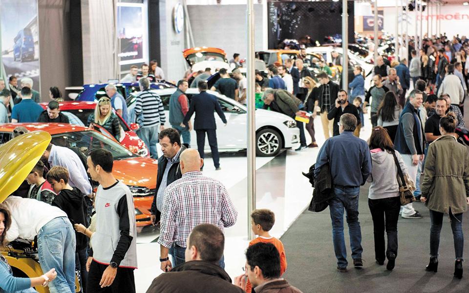 """""""Automotive 2021"""", panairi i makinave që mirëpret mijëra vizitorë"""