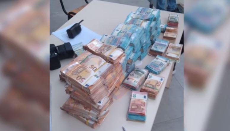 """Po i sillte nga Italia, i kishte fshehur në """"Benz"""", sekuestrohen 500 mijë euro në Shkodër"""