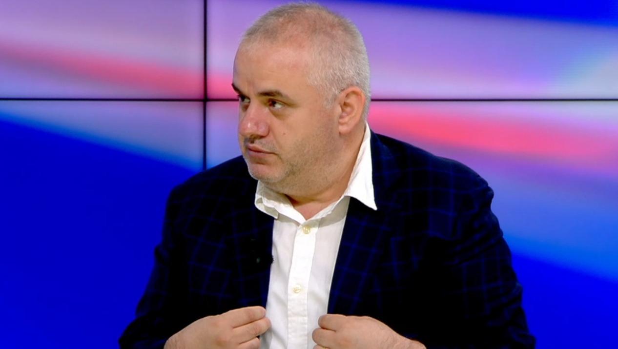 """""""Kanabis në fermën në Lushnje"""", gazetari: Bima mund të jetë rastësi, është shumëllojesh"""