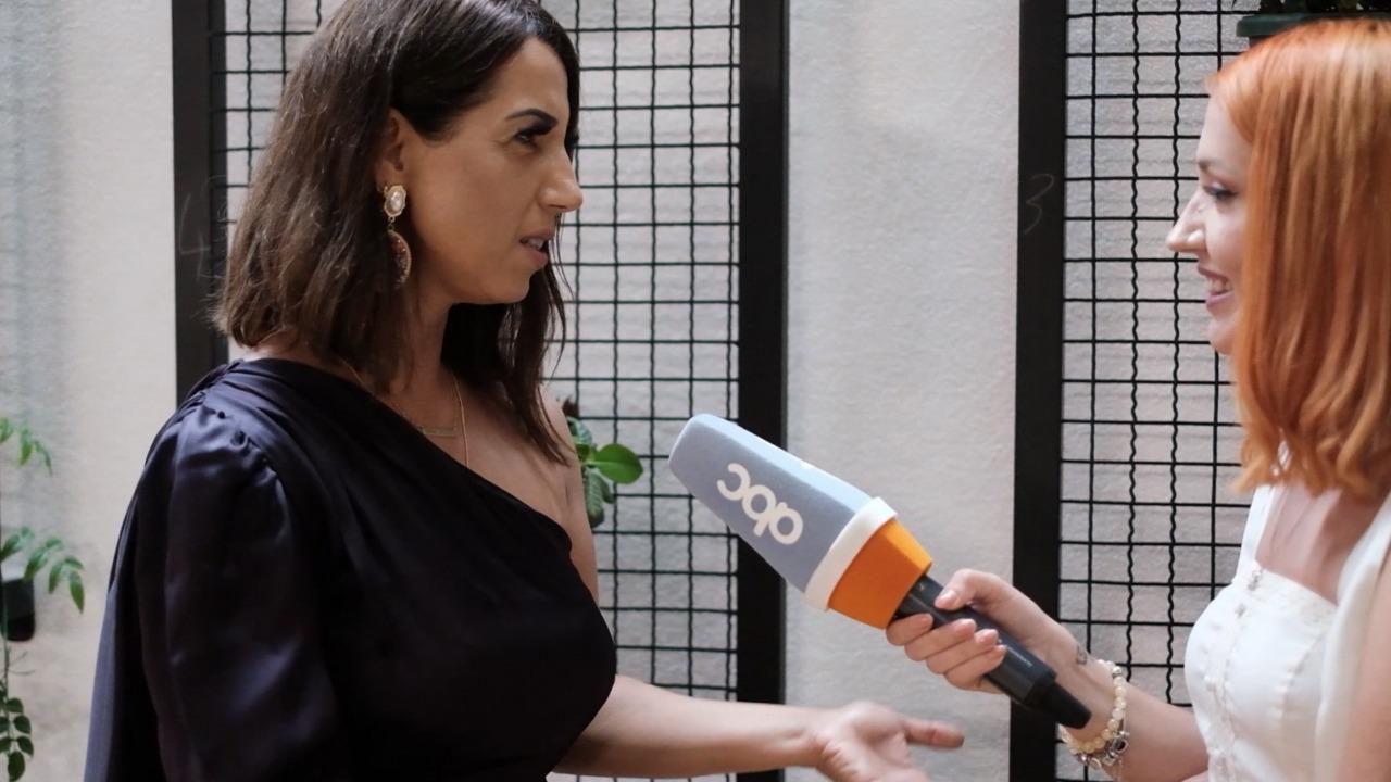 """""""Kam kënduar vetën nëpër dasma"""", këngëtarja Valbona Halili tregon për projektet e reja"""