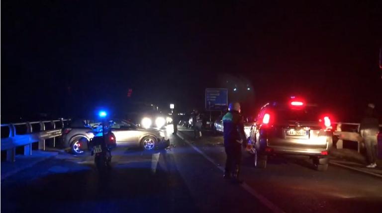 """Përgjaket Shkodra, humbin jetën në aksident një 16-vjeçare dhe një 23 vjeçar, shkak shpejtësia e """"BMW"""""""