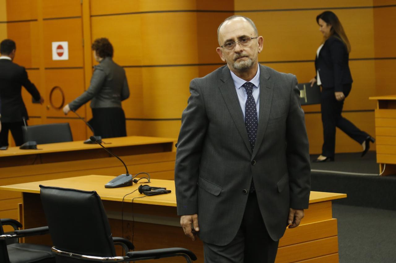 Presidenti Meta dekreton gjyqtarin Artur Kalaja për në Gjykatën e Lartë