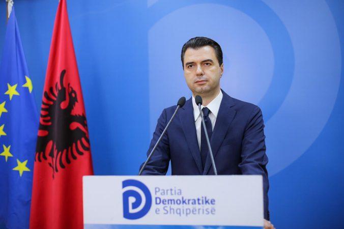 Burri i vuri flakën me benzinë gruas në Gjirokastër, Basha: PD hapa ligjor për dhunën ndaj grave