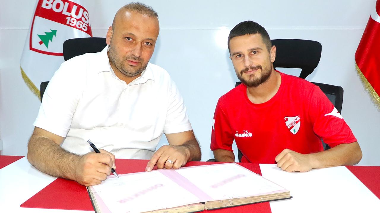 Zyrtare: Dejvi Bregu transferohet në Turqi, firmos për 2 vite në klubin e Selmanit