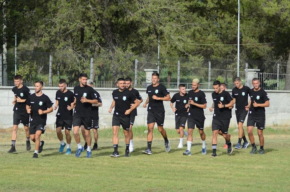 Para pak javësh rinovoi kontratën, sulmuesi njofton befasisht largimin nga Egnatia