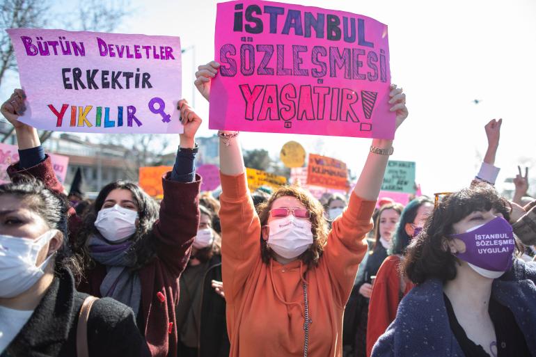 Turqi, protesta pas tërheqjes së vendit nga Konventa e Stambollit