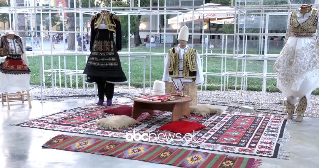 """Artizania Edlira Sulaj: """"Ngyrat e traditës"""", synon të informoi brezin e ri në Shqipëri dhe diasporë"""