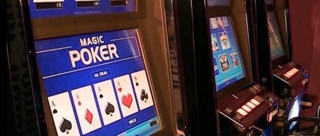 """Policia bën """"Poker"""" në Mirditë, 3 në pranga, 23 nën hetim"""