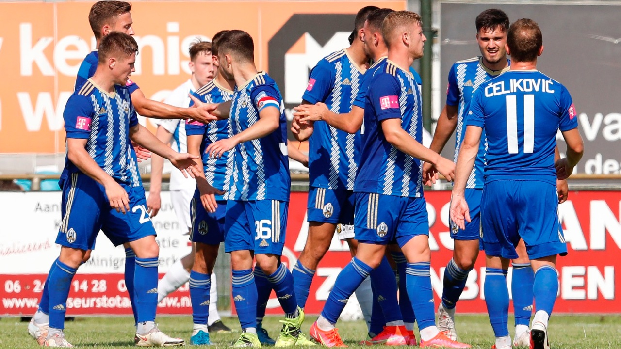 Enis Çokaj harron kartonin e kuq, shënon në fitoren kundër Vitesse