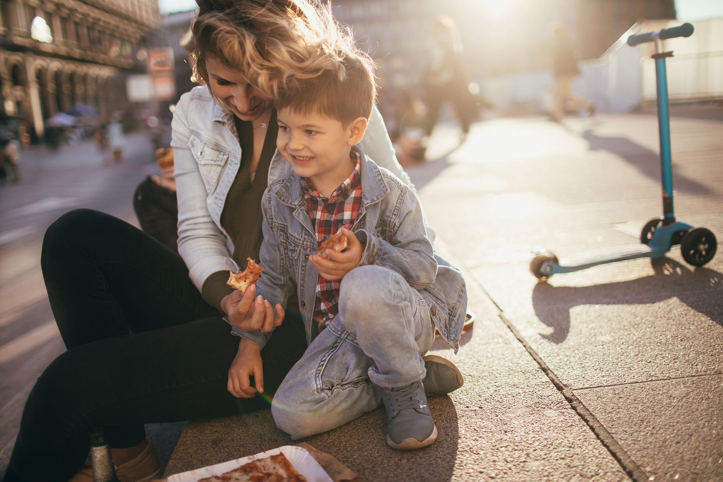 Psikologia e zhvillimit këshilla prindërve: Cilat janë 8 sekretet për të rritur një fëmijë inteligjent
