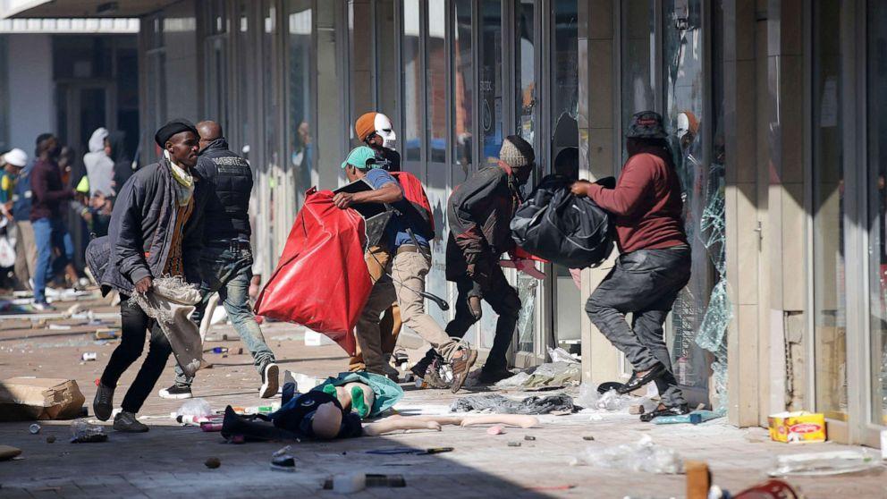 Protestat në Afrikë, 72 viktima dhe 1700 të arrestuar