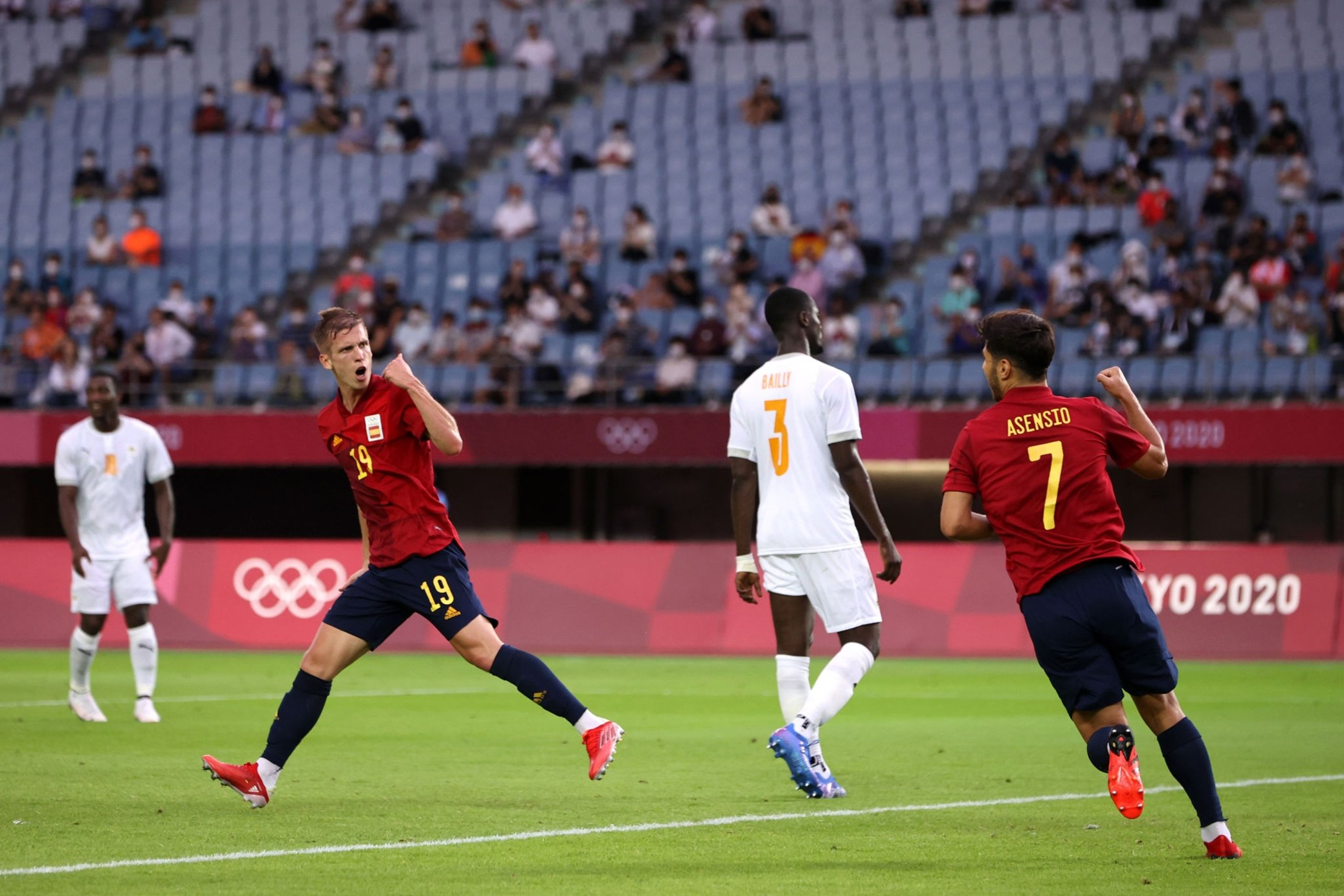 VIDEO/ Përmbysje e spektakël, Spanja eliminon Bregun e Fildishtë pas 120 minutash