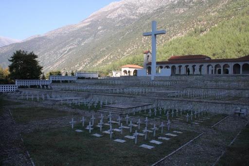 Hapet memoriali i ngritur për ushtarët e rënë grekë në Dropull, nisin hetimet