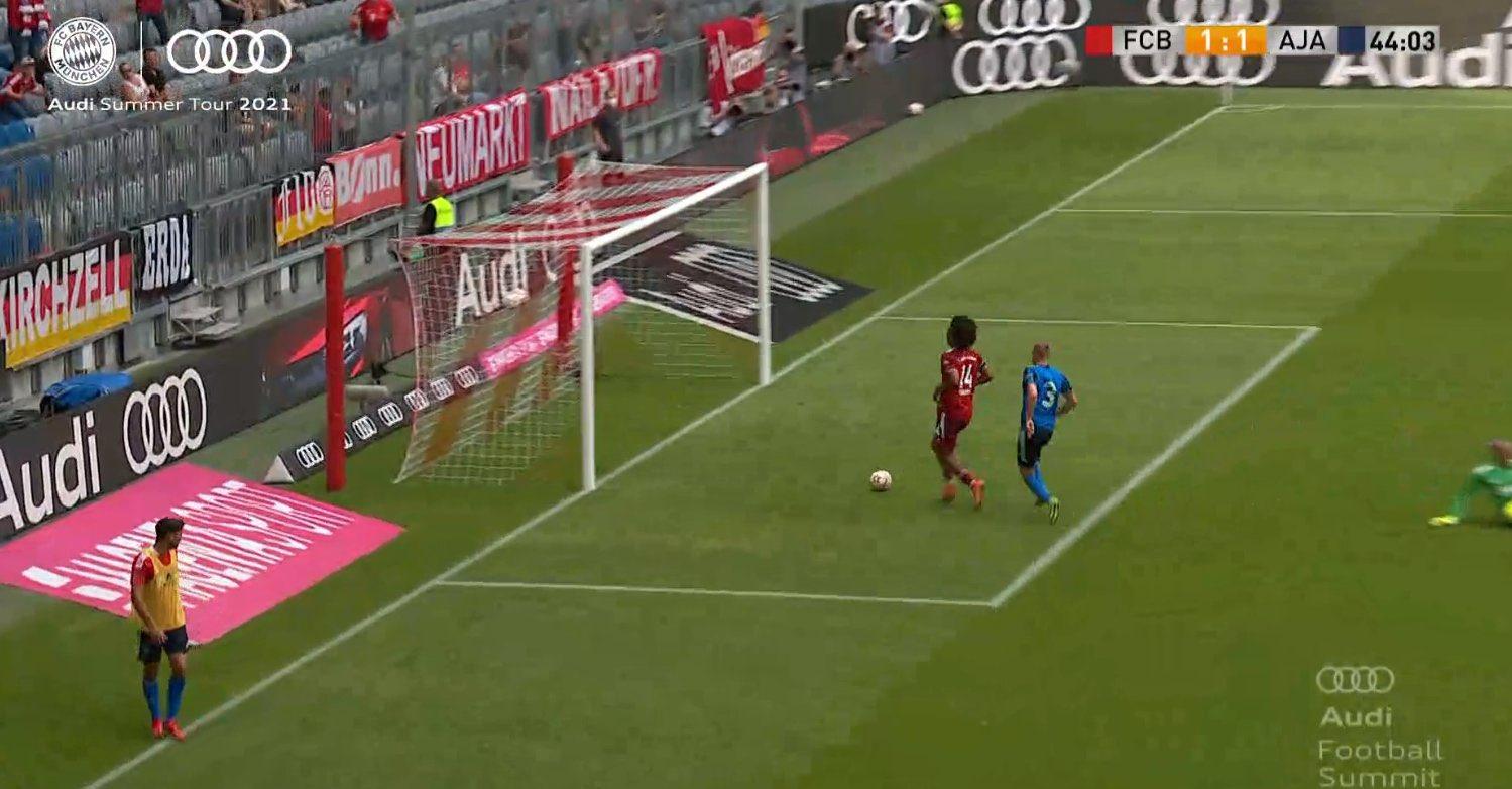 VIDEO/ E rrallë! Sulmuesi i Bayern Munchen humbet rastin më të pastër të mundshëm