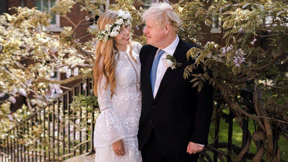 Shtatzënë për herë të dytë, bashkëshortja e Boris Johnson merr vaksinën anti-COVID