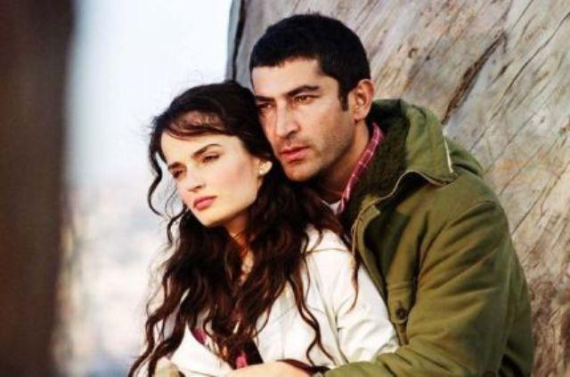 """""""Mehmet Kosova"""", aktori turk tregon arsyen e zgjedhjes së mbiemrit në serialin e njohur"""