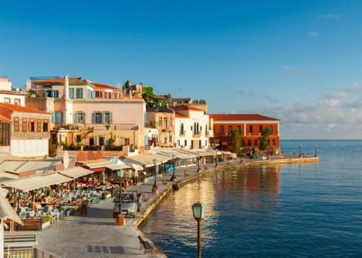 Greqia vendos shtetrrethimin dhe ndalon muzikën në dy ishujt e famshëm