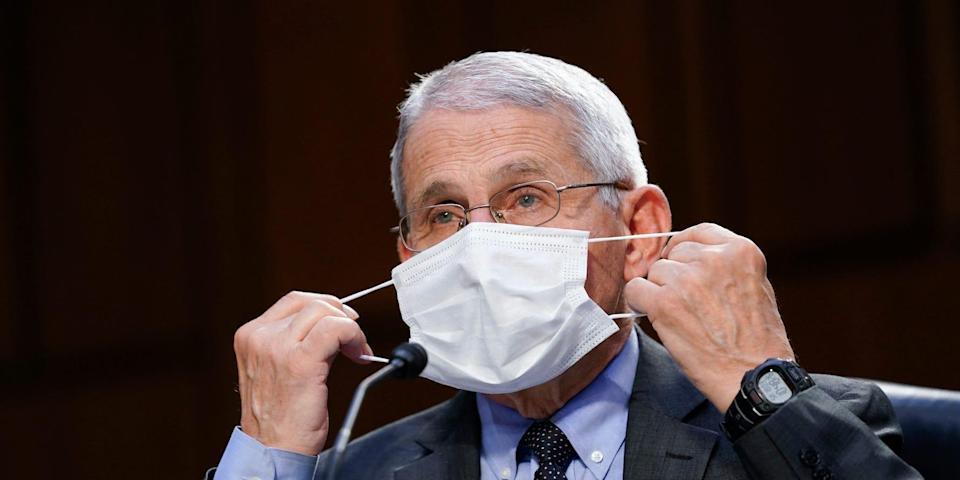 Fauci: Vaksinat anti-Covid do të bëhen të detyrueshme për të gjithë