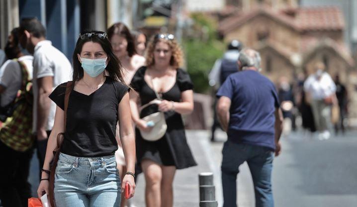 """Gati masat në Greqi, jeta """"ferr"""" për të pavaksinuarit nga koronavirusi"""