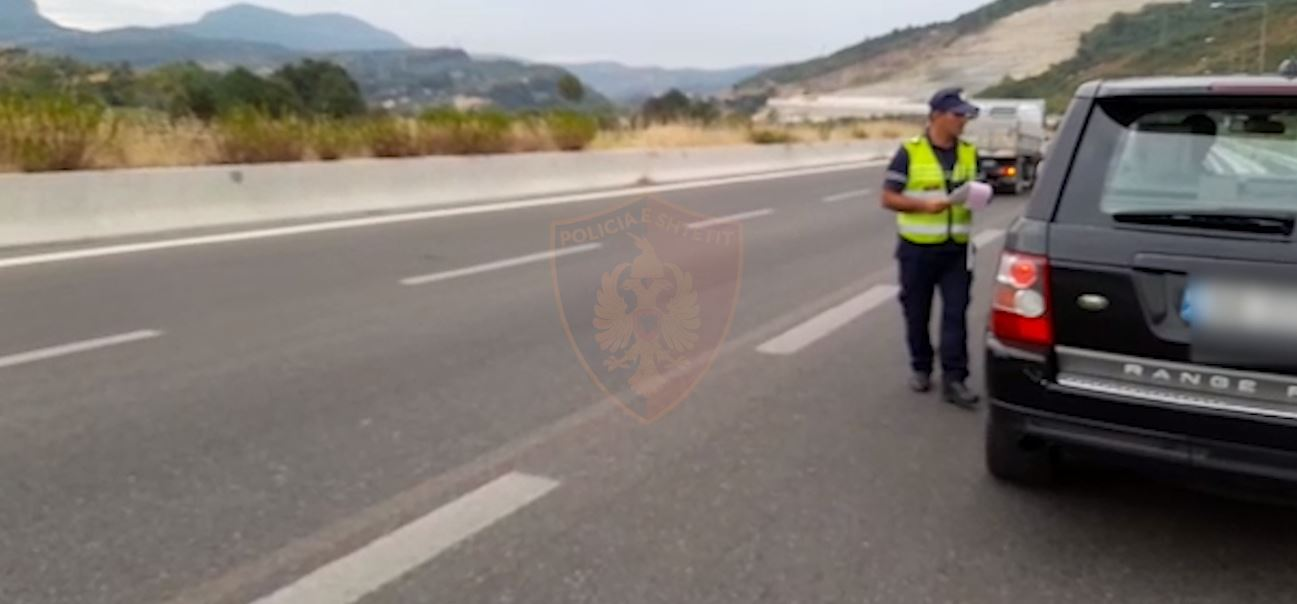 Me shpejtësi raketë deri në 174 km/h dhe në efektin e alkoolit, arrestohen 7 shoferë