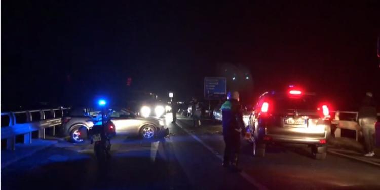 """""""Mazda"""" përplas për vdekje 70-vjeçarin në Elbasan"""