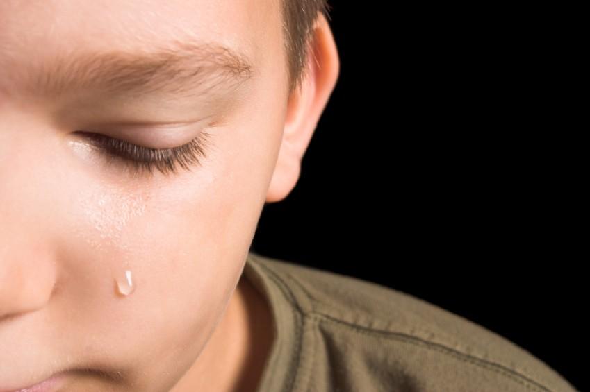 Kur prindërit divorcohen fëmijët kanë probleme psikologjike