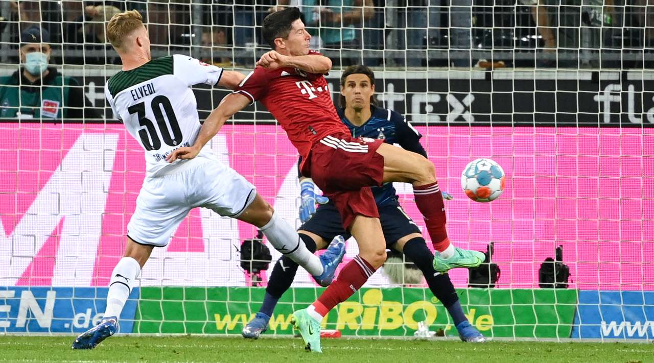 VIDEO/ Lewa i përgjigjet Pleas, Bayerni i Nagelsmann e nis sezonin me barazim
