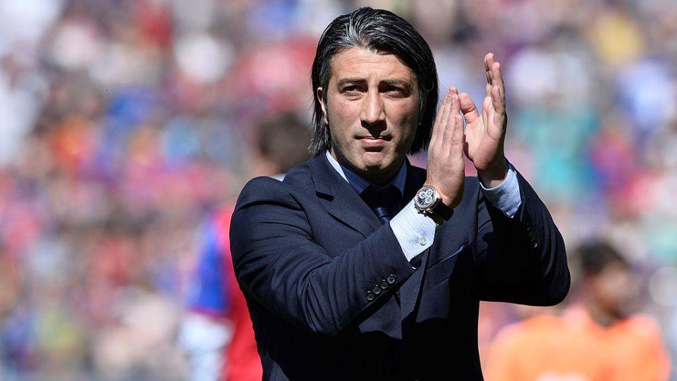 Zyrtare: Murat Yakin në krye të Zvicrës, zëvendëson Vladimir Petkovic