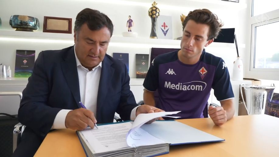 Zyrtare: Real Madrid nuk e pengon, Odriozola huazohet te Fiorentina