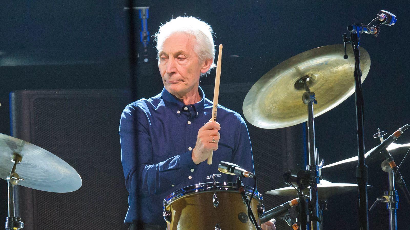 Ndërron jetë në moshën 80-vjeçare bateristi i Rolling Stones