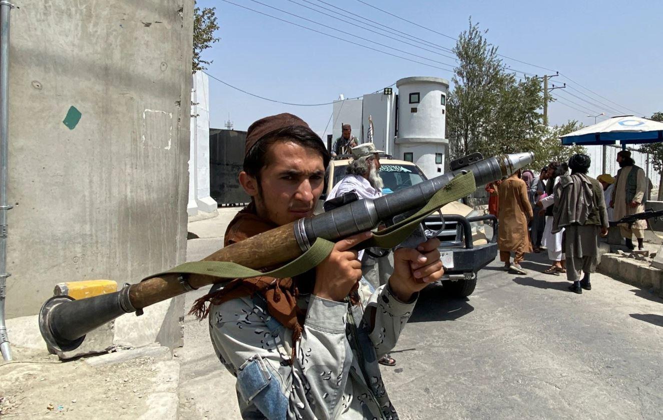 Talebanët marrin vendimin e prerë: Ndalohet muzika
