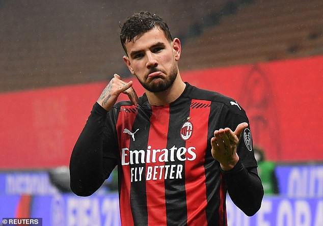Pas Donnarummës, PSG kërkon t'i rrëmbejë yllin e skuadrës Milanit