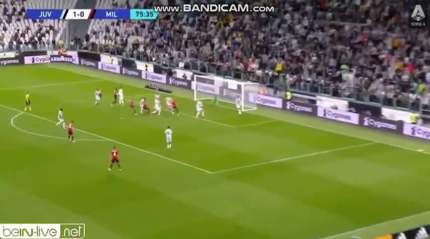 Milani befason Juven (VIDEO)