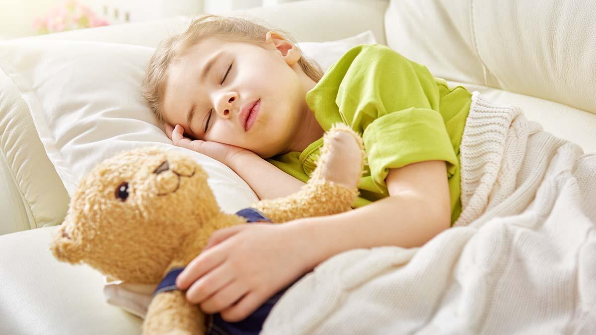 Zakoni i bukur për të ndihmuar fëmijët të flenë më shumë
