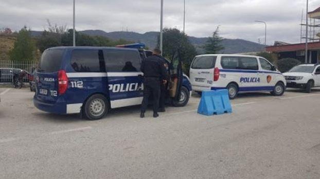Iu gjet kokainë në makinë, arrestohet në Kakavijë 26-vjeçari nga Siçilia