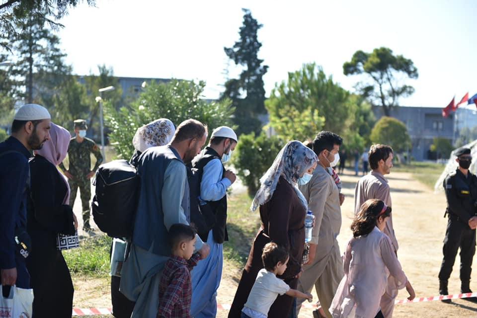 Mbërrijnë 259 fëmijë, gra e burra afganë në Shqipëri