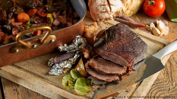 Universitetet e Berlinit heqin thuajse tërësisht mishin nga menuja