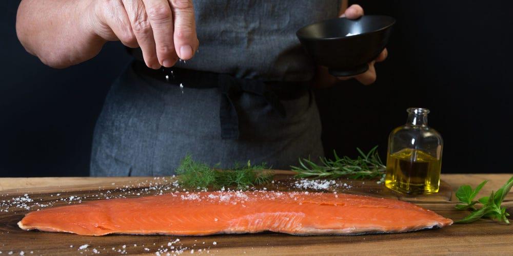 3 këshilla për të konsumuar më pak kripë