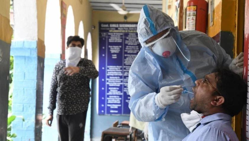 Mbi 18 të infektuar në 24 orë në Indi